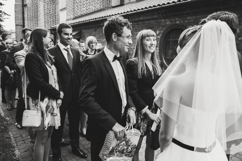 Ślub w kościele w Serocku